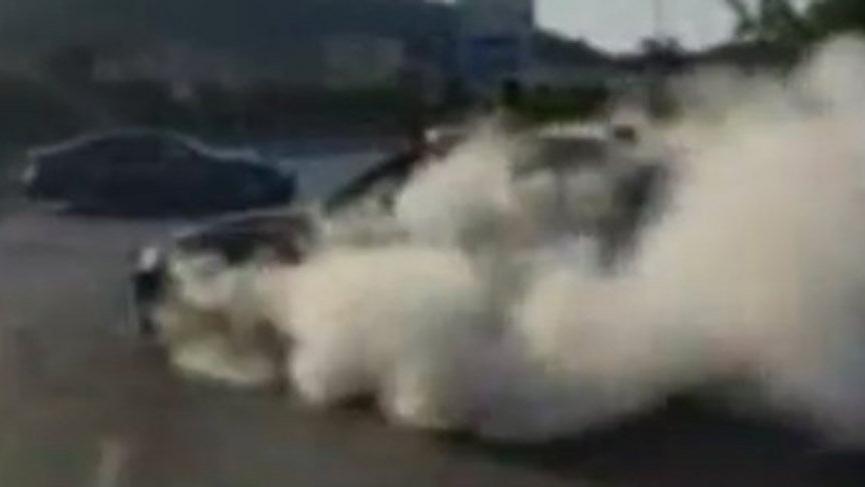 Polis 'driftçi' damada ceza kesmek için balayının bitmesini bekliyor