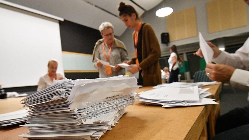 İsveç'te yabancı düşmanı parti seçimlerde ikinci oldu