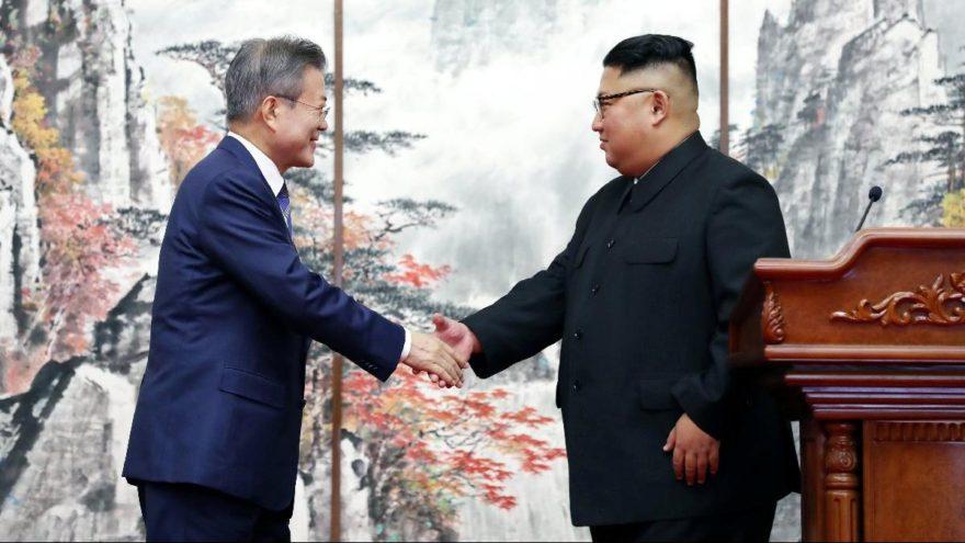 Kore'de tarihi imzalar atıldı… 65 yıllık savaş sona erdi