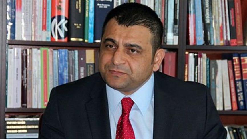 Gül atadı, Erdoğan çizdi: İlk ceza o rektöre