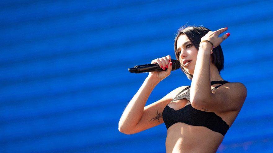 Ünlü şarkıcı hayranlarını korkuttu