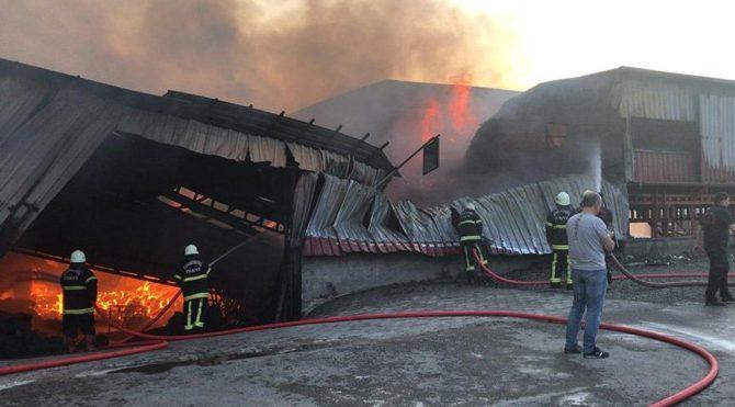 Kahramanmaraş ta fabrika yangını Bazı işçiler hastaneye kaldırıldı
