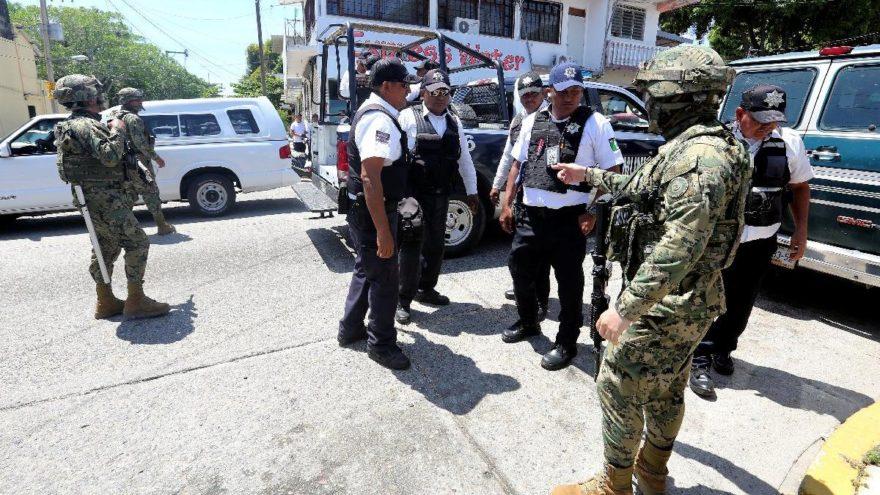 Şehir karıştı, tüm silahlara el kondu… Askerden polise gözaltı