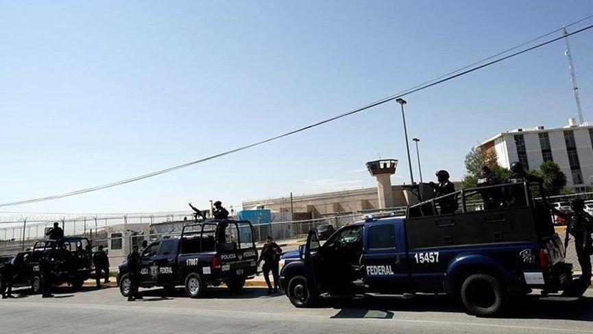 O ülke kan gölü! Meksika'da pusuya düşürülen 4 polis öldürüldü