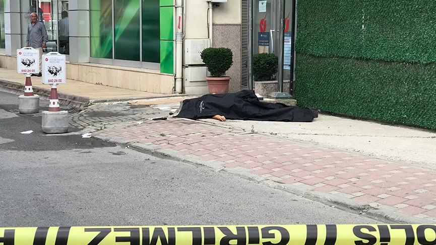 Çekmeköy'de silahlı kavga : Bir polis öldü