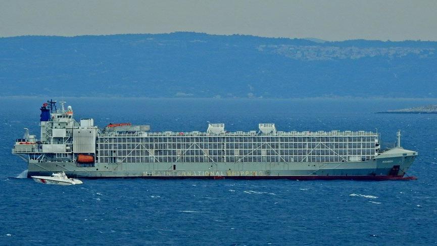 Şarbon taşıdığı iddia edilen geminin tuhaf trafiği
