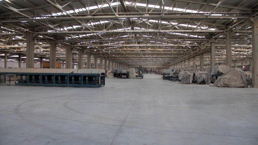 1000 kişinin çalıştığı seramik fabrikasında, üretim durduruldu