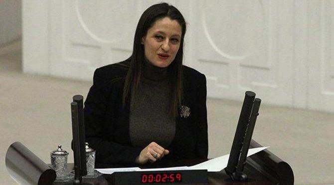 Şafak Pavey 'slogan' davasında beraat etti