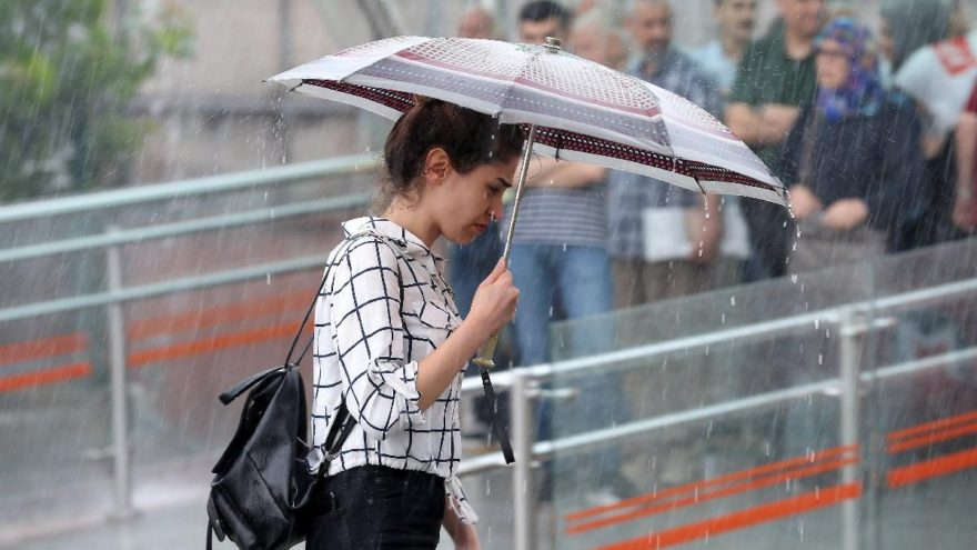 Hava sıcaklığı 10 derece düşecek, yağmura dikkat!
