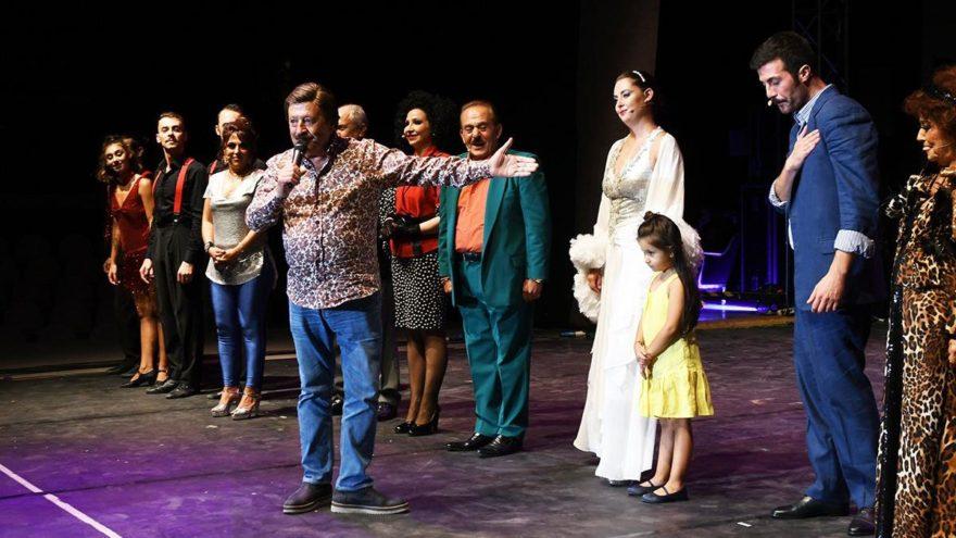Seninle Başım Dertte müzikali İzmir'deydi