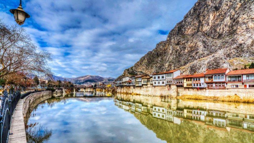 Amasya gezilecek yerler: Şehzadeler şehri olarak da bilinen Amasya'nın dikkat çeken yerleri…