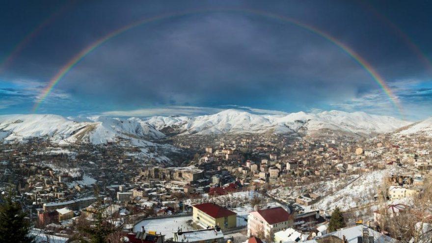 Bitlis gezilecek yerler: Tarihi M.Ö. 7000 yıllarına kadar uzanan Bitlis…