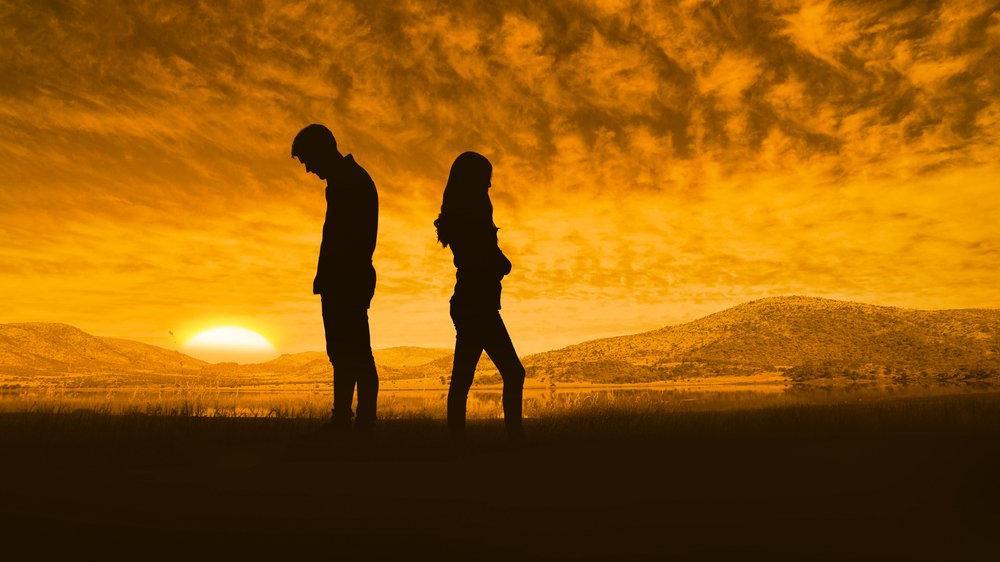 Bir dargın bir barışık ilişkiler depresyona sokuyor