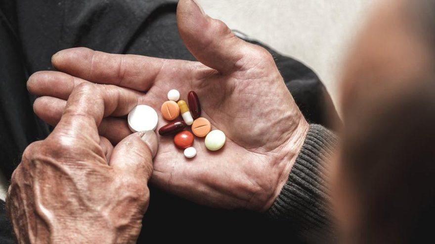 Aspirin'in 70 yaşın üstündekilere zararlı olduğu iddiası