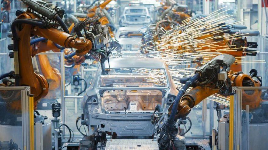 Otomotiv pazarı ile birlikte üretim de azaldı!
