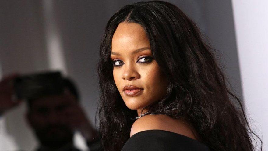 Rihanna, Barbados'ta 'Sıra dışı ve Tam Yetkili Elçi' olarak atandı