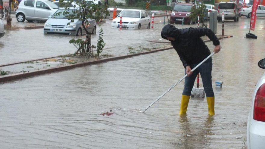Meteoroloji'den son dakika yağmur uyarısı! Bu illerimizde yaşayanlar dikkat!