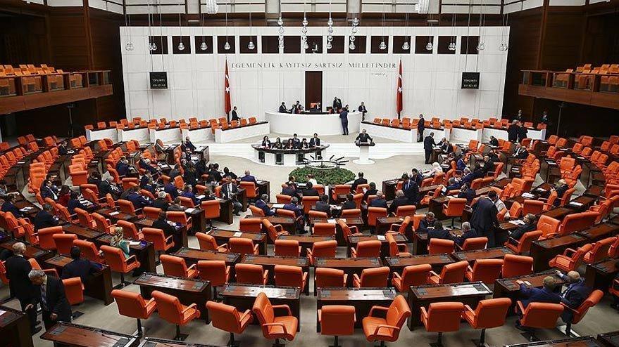 AKP'li eski vekiller tek tek rektör oluyor