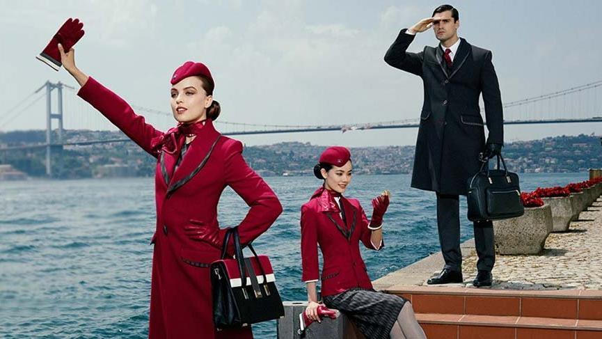Türk moda tasarımcıları THY'nin yeni üniformasına tepkili
