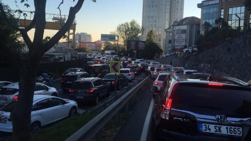 İstanbullunun derbi çilesi: Sürücüler çıldırdı