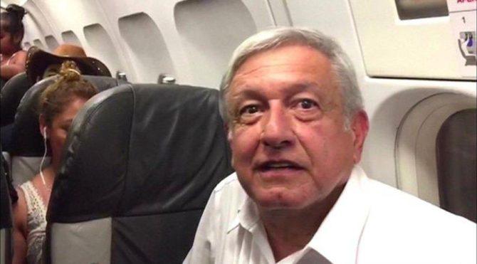 Meksika Devlet Başkanı tarifeli uçakta 3 saat bekledi: Yine de başkanlık uçağını satacağım