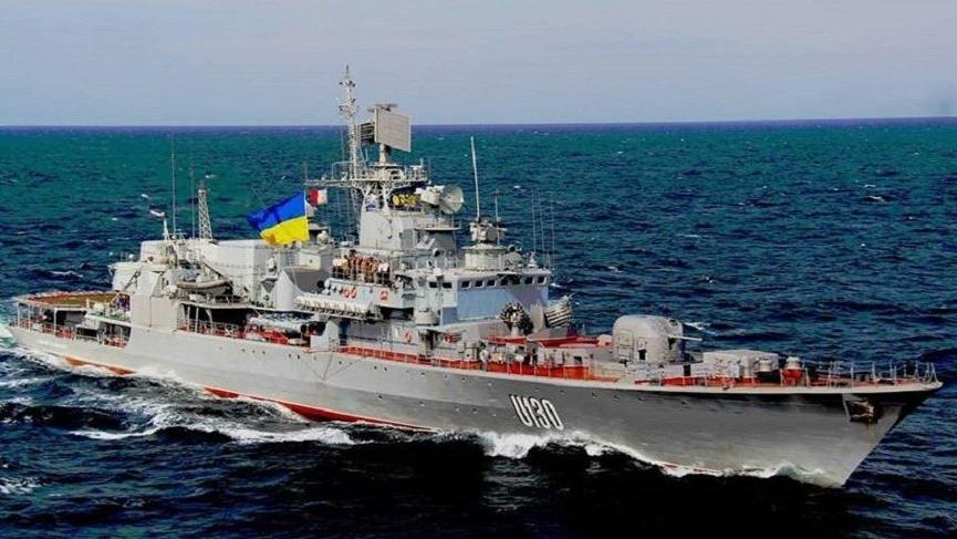 Ukrayna savaş gemileri Rus karasularına doğru gidiyor