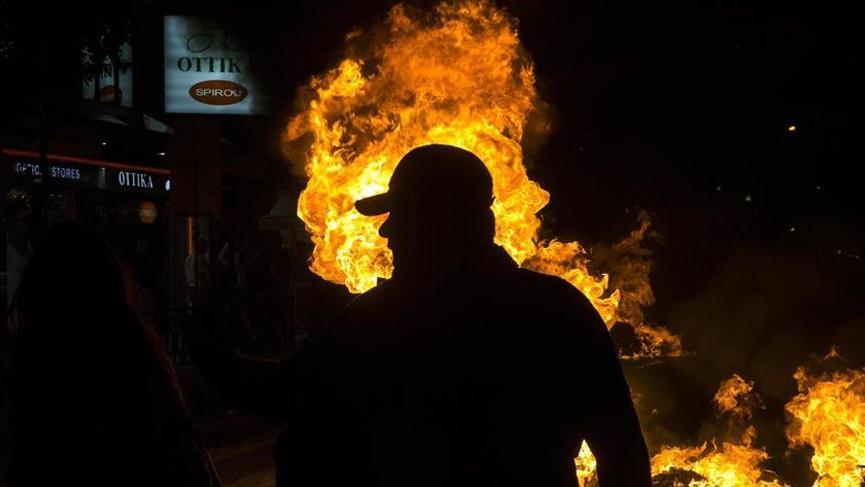 Yunanistan ırkçı karşıtı gösteriler sonucu karıştı