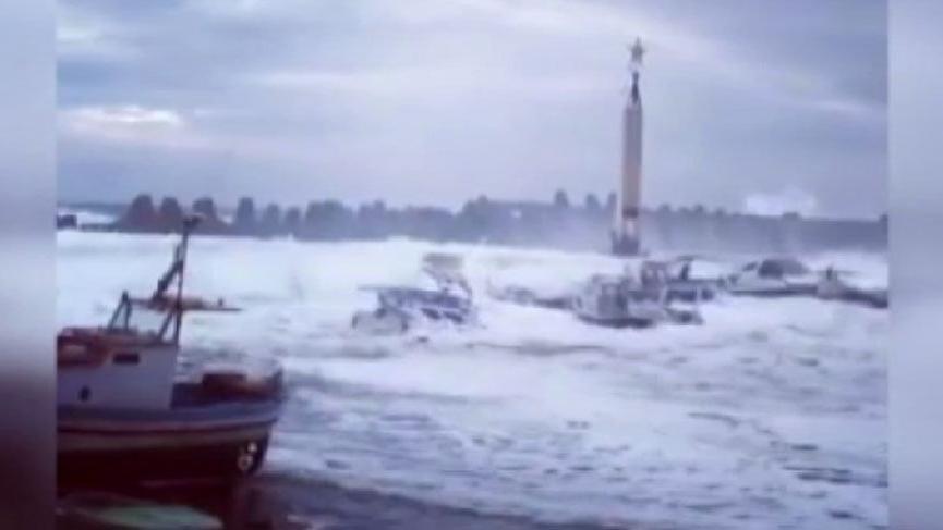 Beklenen fırtına Yunanistan'ı etkisi altına aldı