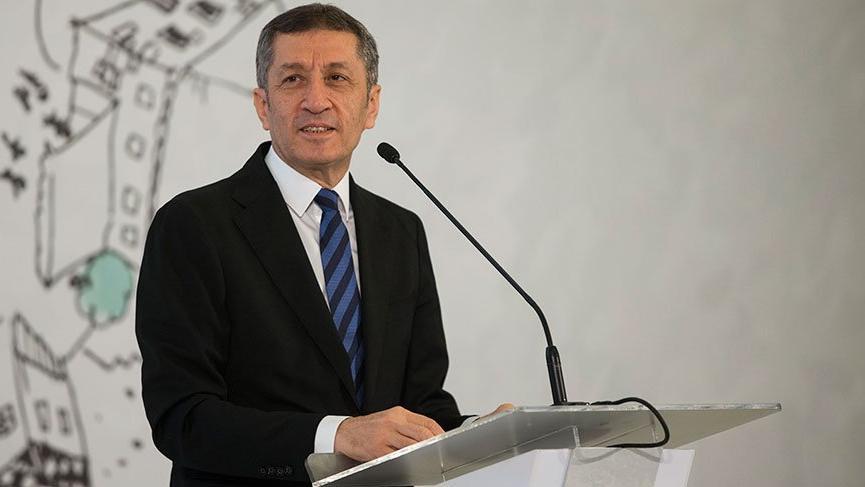 Milli Eğitim Bakanı Selçuk'tan ezber bozan uygulama!