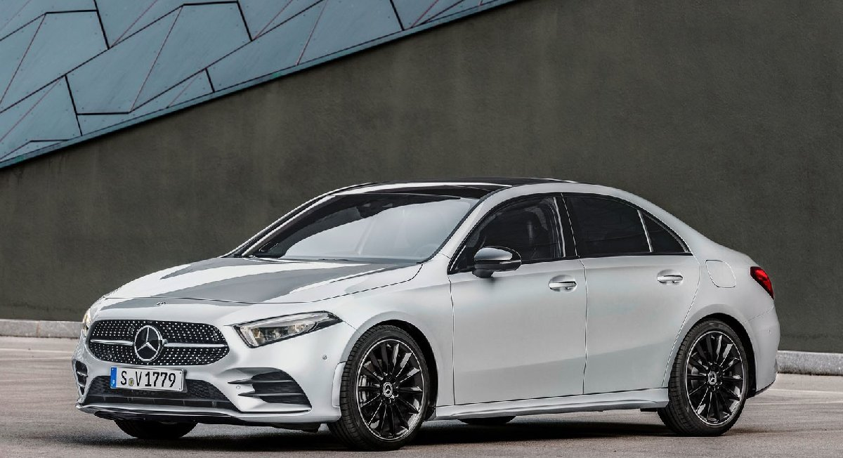 mercedes-benz-a-class_sedan-2019-1600-02-kopya
