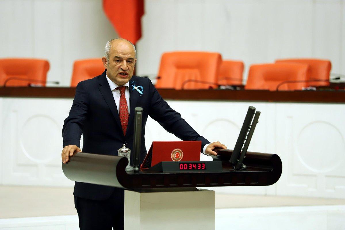 CHP Kütahya Milletvekili Sağlık, Aile, Çalışma ve Sosyal İşler Komisyonu Üyesi Dr. Ali Fazıl Kasap