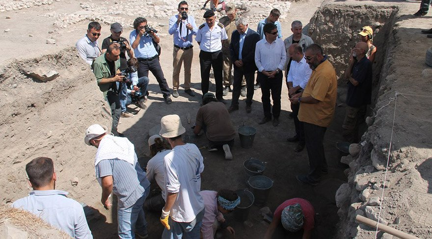 oluz-hoyuk-arkeolojik-kazi-dha-3