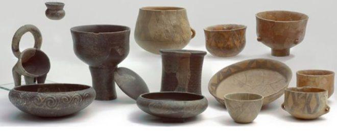 Dünyanın en eski peyniri, buna benzeyen neolitik çömleklerin üzerinde bulundu.