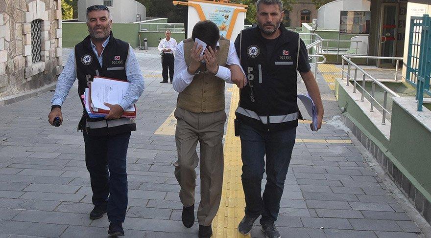 Dolandırıcılık zanlısı yakalanarak gözaltına alındı. DHA