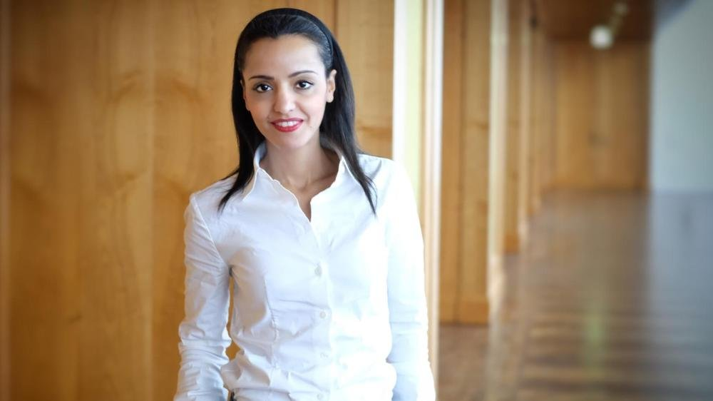 Filistin asıllı Sawsan Chebli (30), Berlin'de hükümetinde yabancılar ile ilgili konularda müsteşarlık yapıyor.