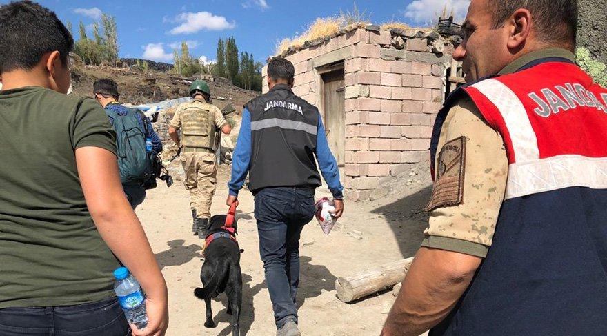 Jandarma, AFAD, UMKE ekipleri, korucular ve köylüler dünden bu yana Sedanur'u arıyor