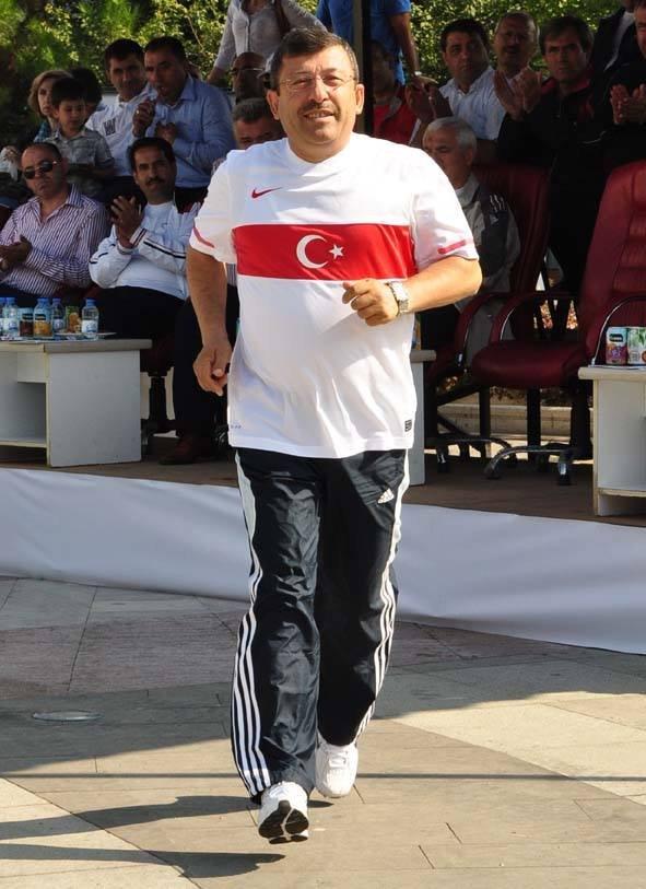 Geçen yılki maratona Başkan Karabacak da katılmıştı.