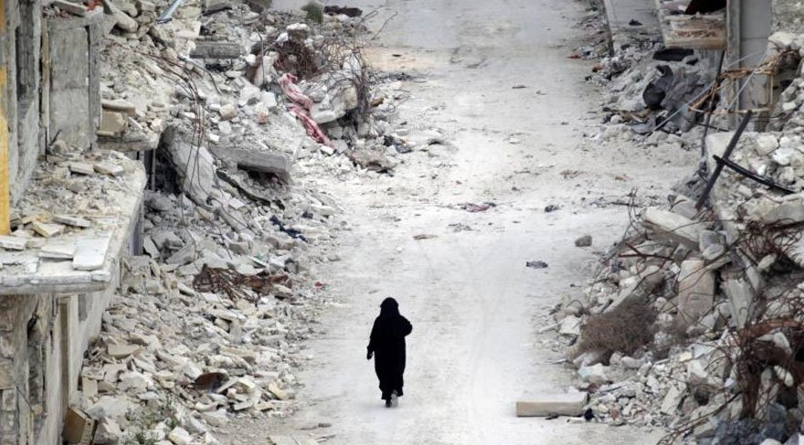 Ülkedeki iç savaş yüzünden milyonlarca insan evsiz kaldı yüz binlerce kişi de hayatını kaybetti. Reuters