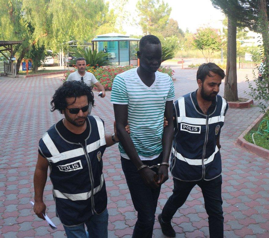 Sudan vatandaşı zanlı tutuklanarak cezaevine konuldu. DHA