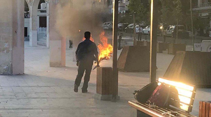Şanlıurfa'da iş talebine olumsuz yanıt alınca kendini ateşe veren bir kişi ağır yaralandı. (Fotoğraf: DHA)