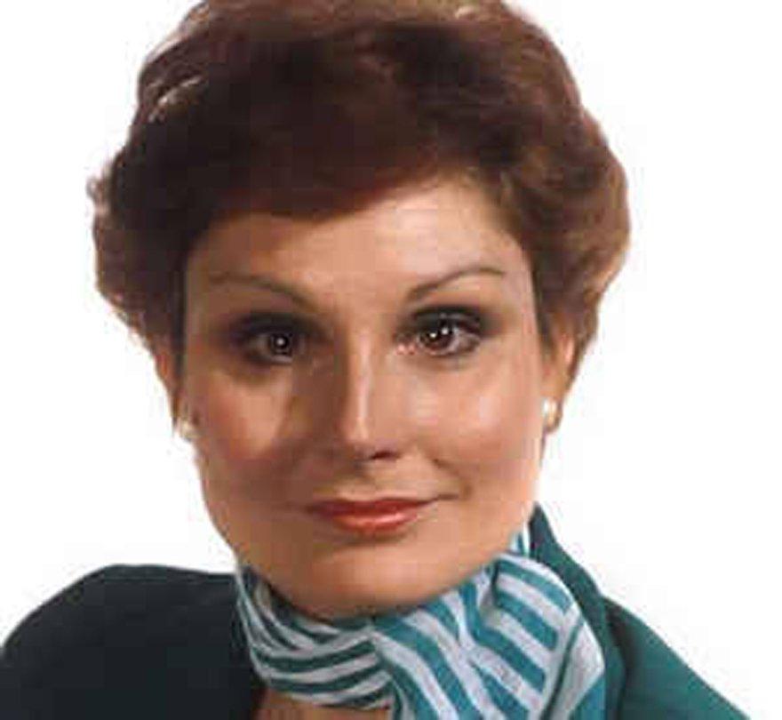 Angela Rippon İngiltere'nin televizyon tarihinde ilk kadın haber sunucusu...