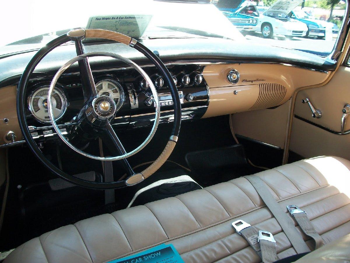 1940car-interior