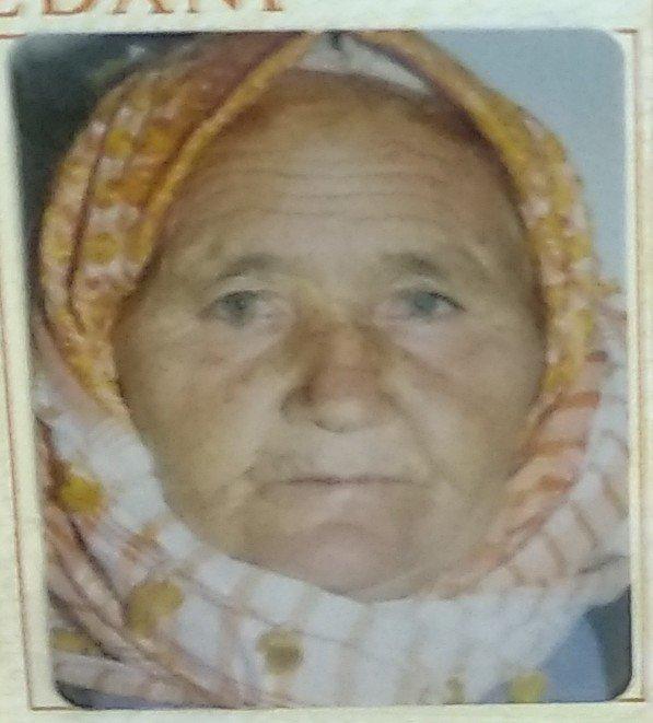 Yangından kaçamayan Elif Arslan hayatını kaybetti.