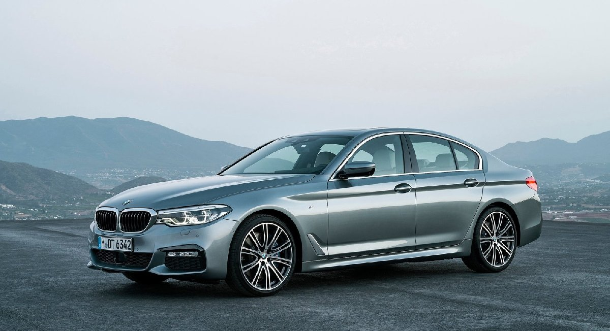 bmw-5-series-2017-1600-02-kopya
