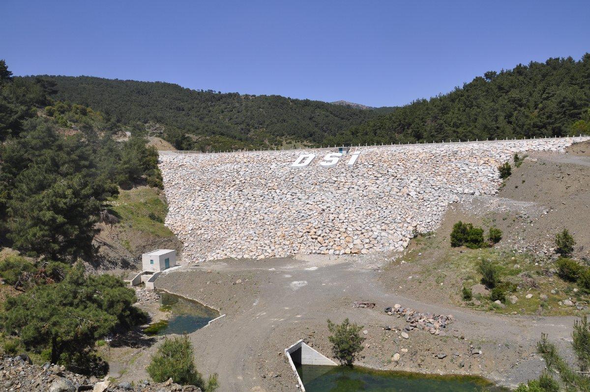 İzmir Bornova Karaçam Göleti projesini de As Yapı üstlendi.