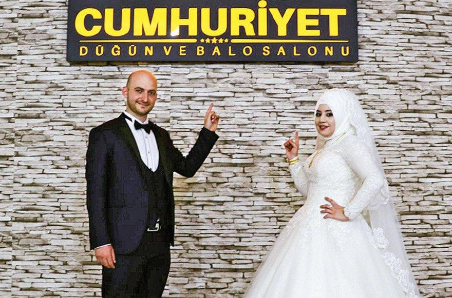 Bu fotoğraf Cumhuriyet Düğün ve Balo Salonu Facebook adresinden alınmıştır.