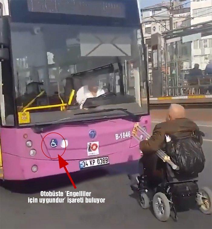 Otobüsün önünde engelliler için uygun olduğunu gösteren işaret buluyor.