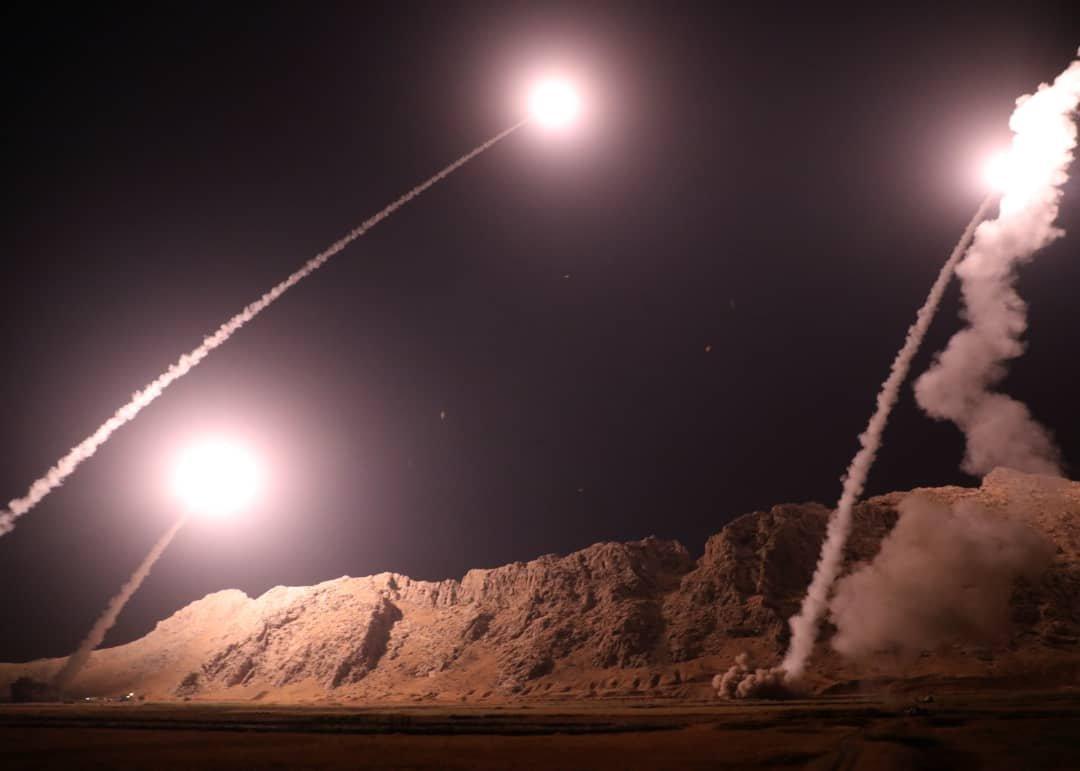 İran ajansları erken saatte gerçekleşen operasyonun fotoğraflarını servis etti.