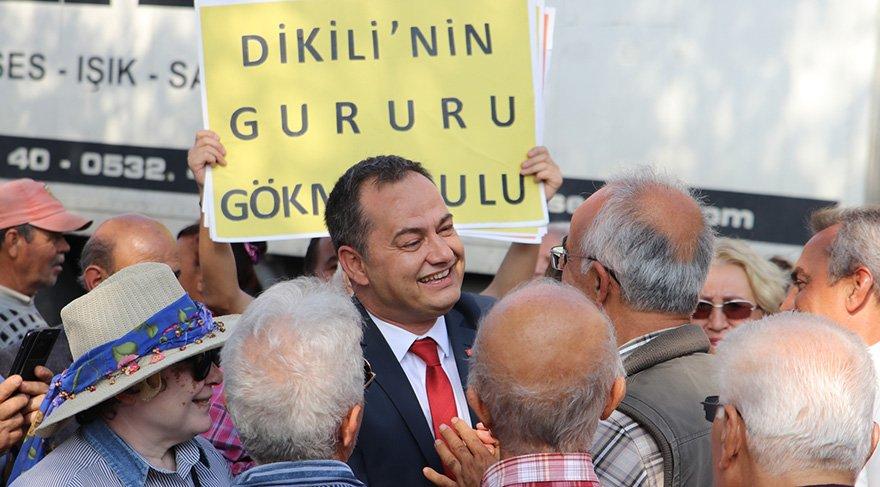 Ulu için Dikili'nin gururu sloganları atıldı. Foto: Sözcü