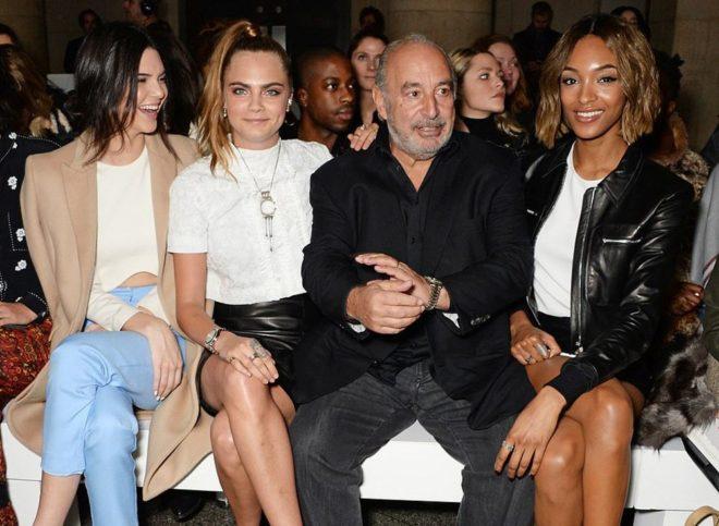 Green, Topshop etkinliğinde ünlü modeller Kendall Jenner, Cara Delevingne ve jourdan Dunn'la beraber.